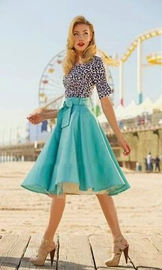 Most Popular Vintage Inspired Dresses and Buying Guide